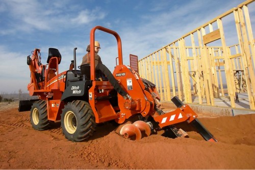 Scavatrice con operatore a bordo Ditch Witch RT55